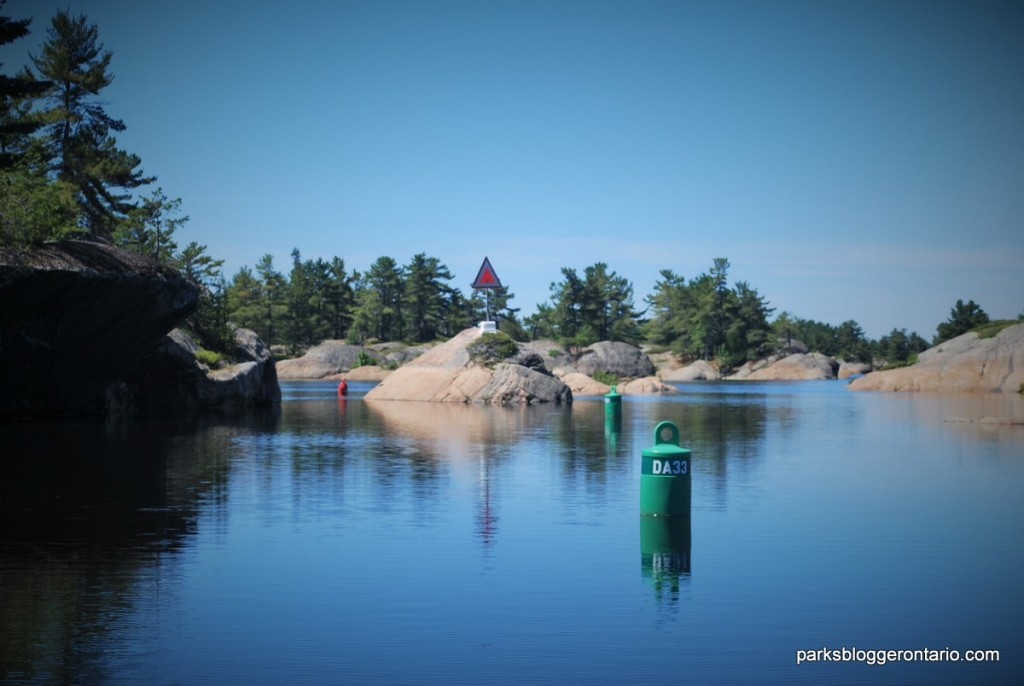 Obstacle islands while boating in French River provincial park