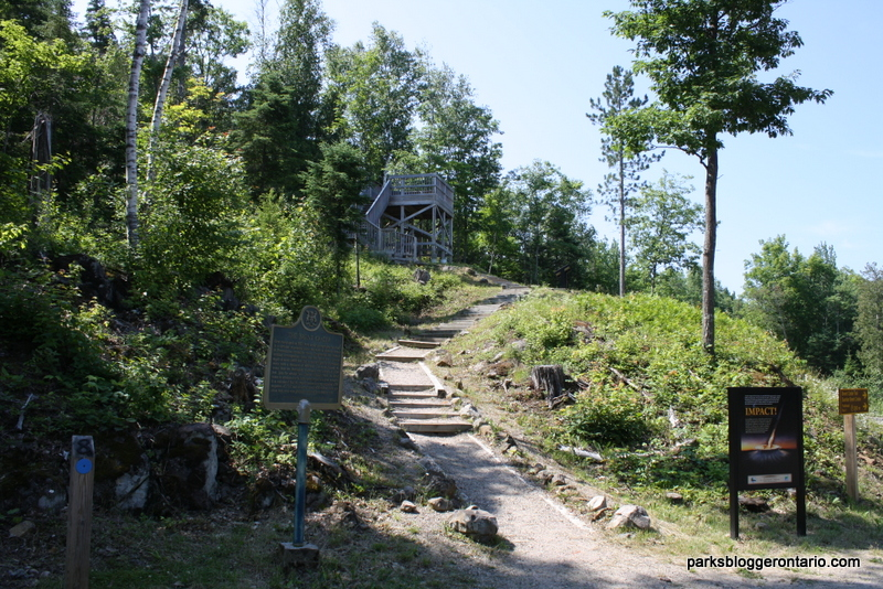 Brent Crater - Viewing platform - Algonquin